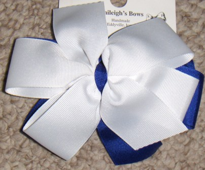 royal and white bow